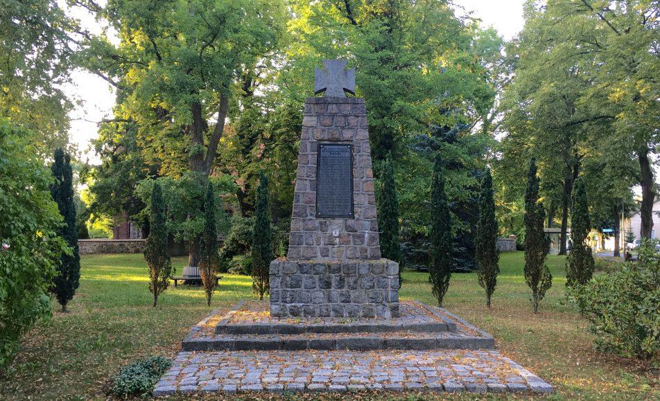 Gedenken zum Volkstrauertag in Ladeburg